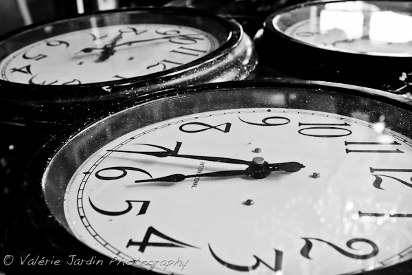 Image: Another day, another theme... Why not look for clocks?