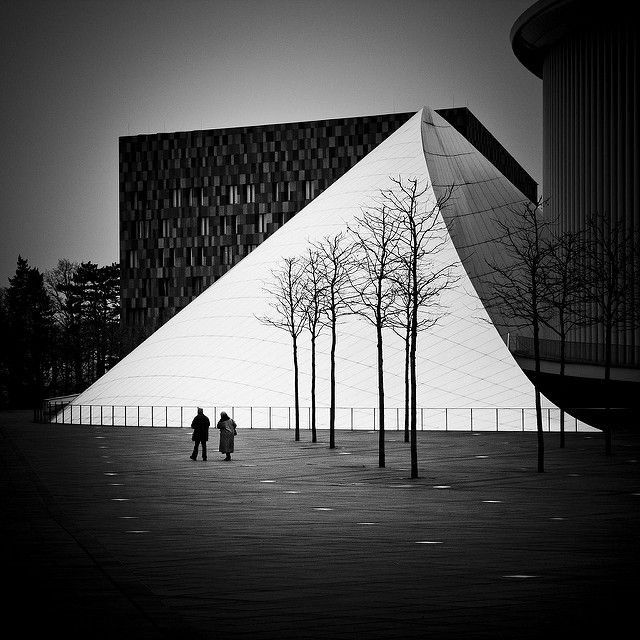 Lost in Structuration : Couple Philharmonie