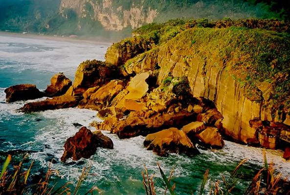 Greymouth NZ coastline