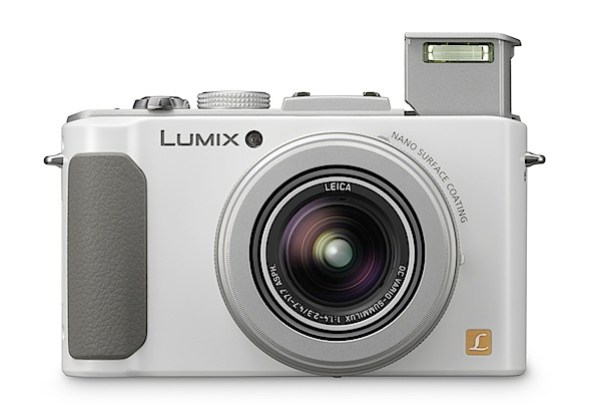 Panasonic Lumix DMC-LX7 Review.jpg