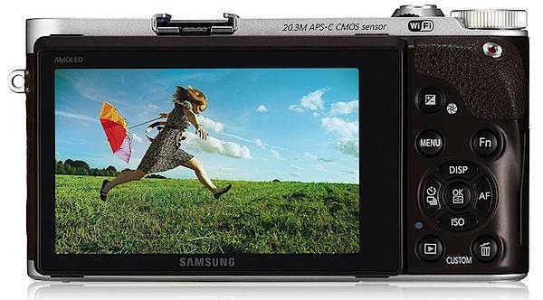 NX300 Back LCD.jpg