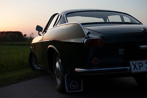 VolvoP1800-sunset-original.jpg