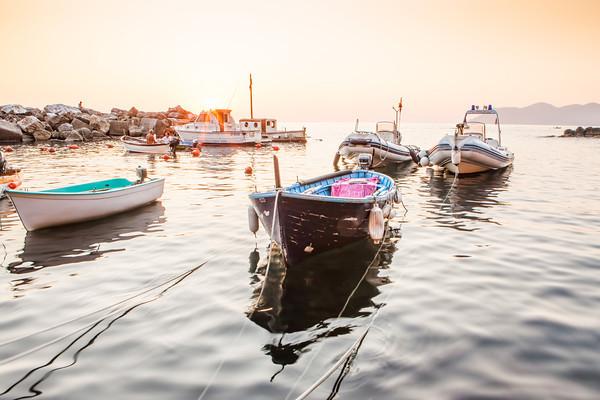 Image: Boats floating in Riomaggiore's harbor | © James Brandon