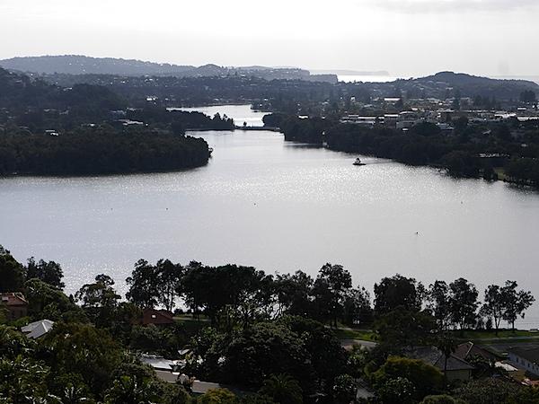 Narrabeen lake 2.JPG