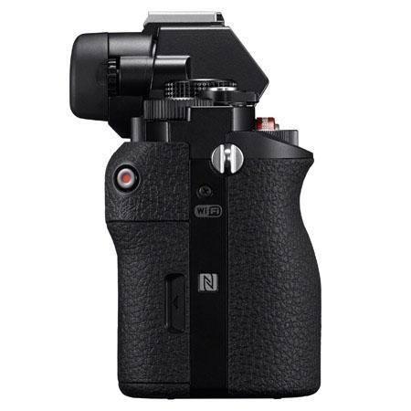 Sony-NEX-Full-Frame-A7R-Side