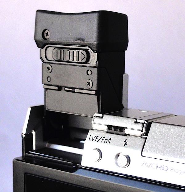 Panasonic Lumix DMC-GX7 Viewfinder.jpg
