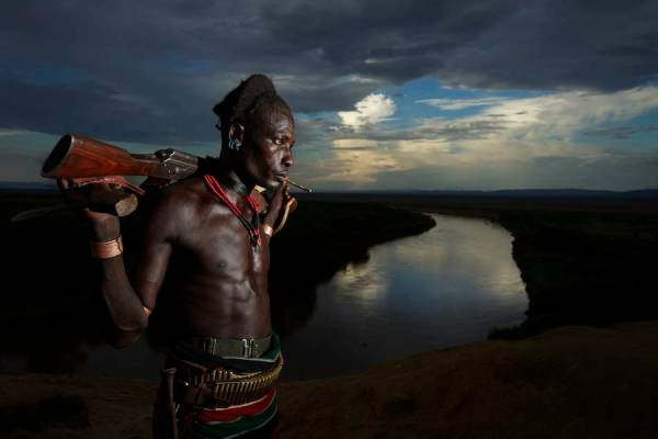 Photography-backgrounds-Omo-Valley-Piper-Mackay-10