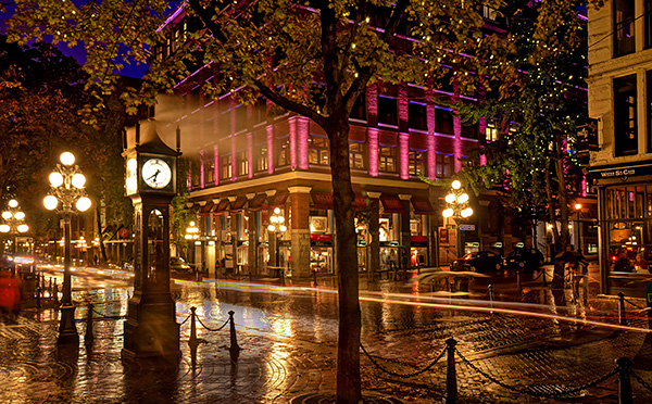 Steam Clock in Gastown, light trails on the road