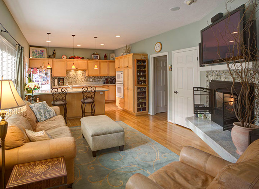 Real Estate Photography A Guide To Getting Started - Living-room-realty-exterior