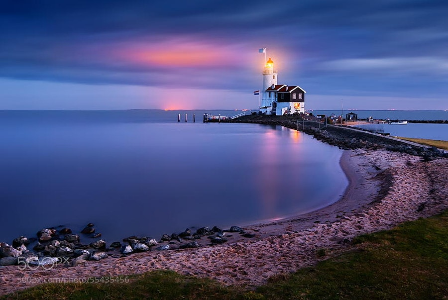 Photograph Blue Hour Paard van Marken by Iván Maigua on 500px