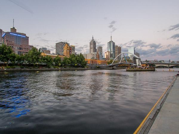 Img 4 Melbourne skyline Melbourne 600px 2