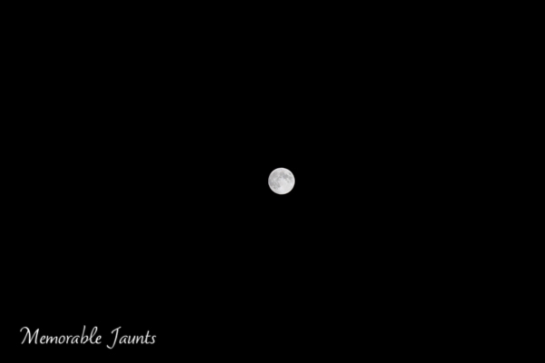 Moon Photography on a clear night sky Memorable Jaunts Lifestyle Photographer Naperville Illinois