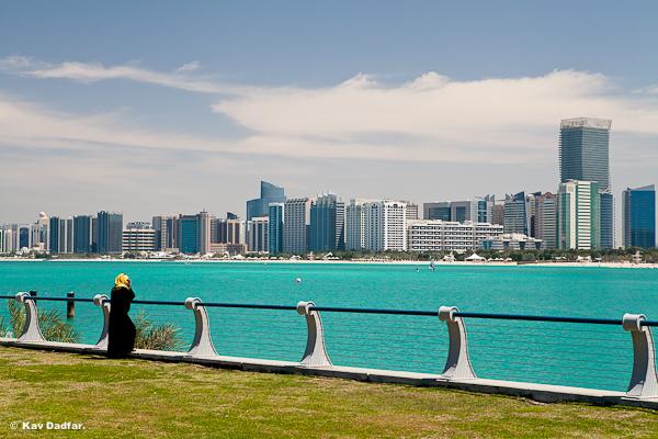 Woman_UAE_KavDadfar