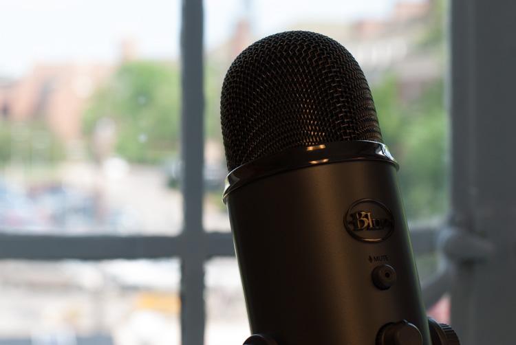 microphone in Program mode
