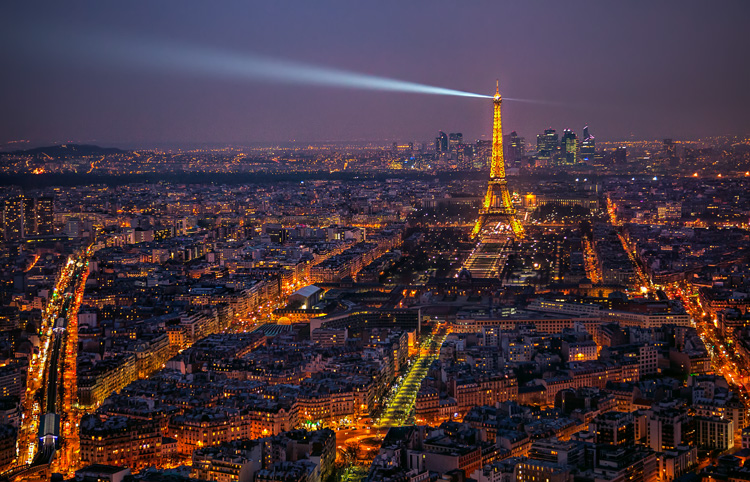 Great Subjects for Urban Night Photography - Paris example