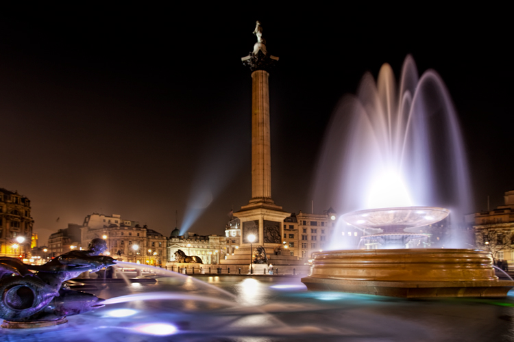 Night Photographer's Toolkit - Trafalgar Square picture