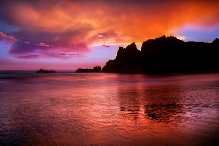 Seascape features example -  Reflections at Pfeiffer beach