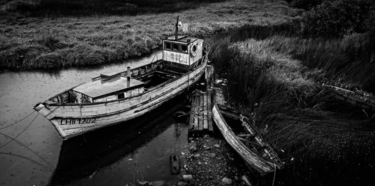 how to make photos black and white on photoshop
