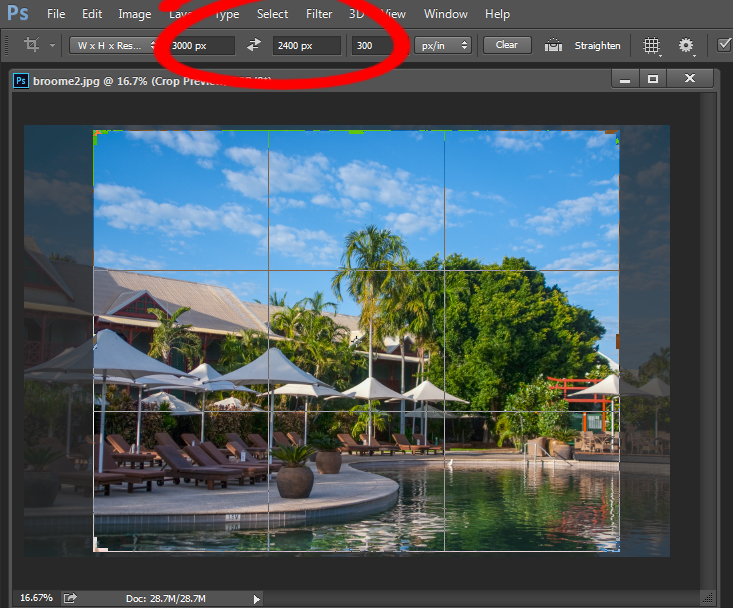 Crop an image in Photoshop setting size and resolution
