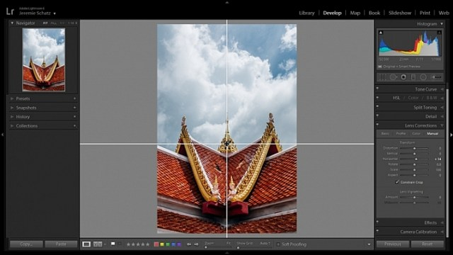 Lightroom's guide overlay feature