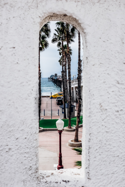 Framing a photo of a pier