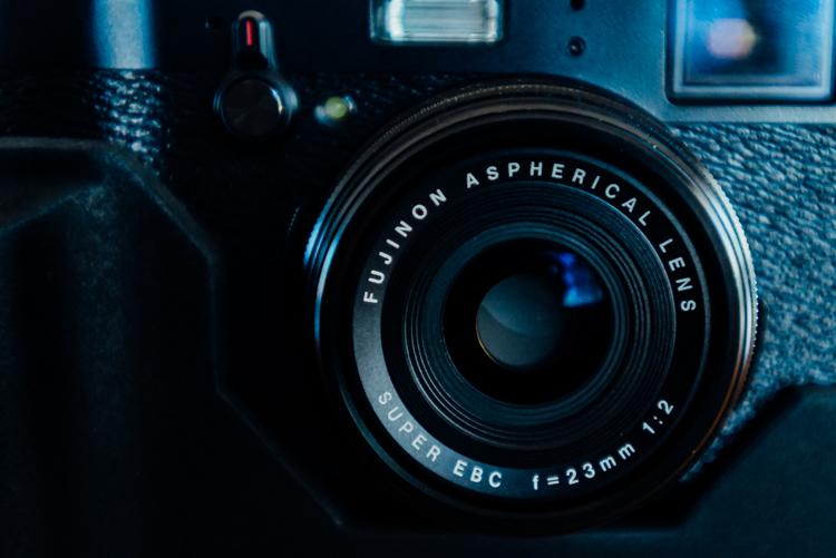 L'objectif du Fujifilm X100T's lens