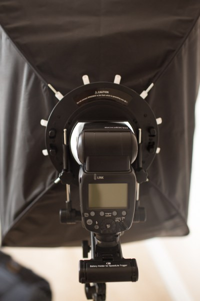 Memorable Jaunts Glow QuadraPro Softbox Article Image Softbox Setup-6