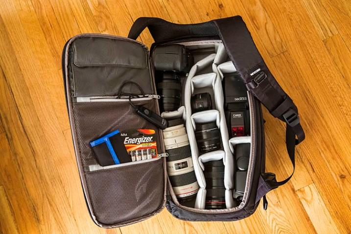 Incase DSLR笔记本电脑背包