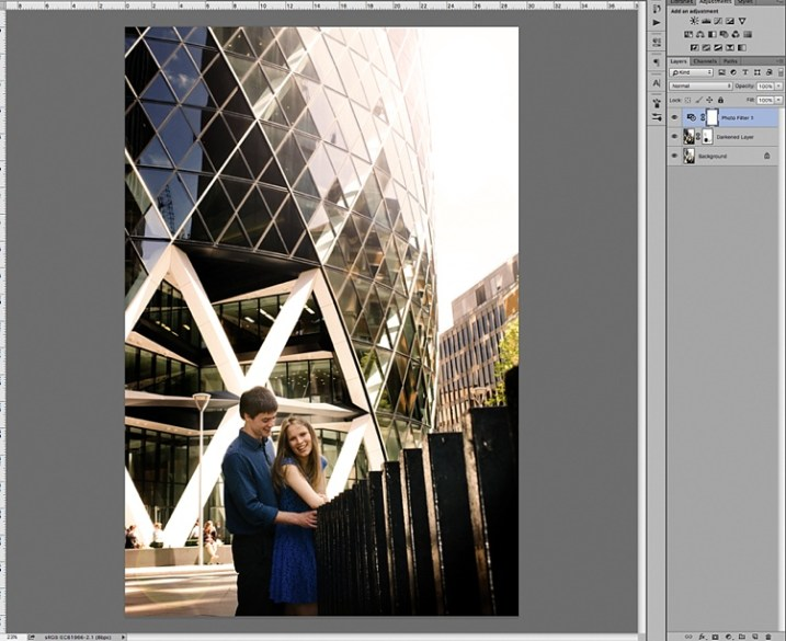 2 Quick Ways to Add a Sunflare in Photoshop