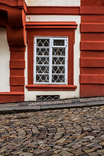 8 Quick Tips To Improve Your Photos Of Architectural Details