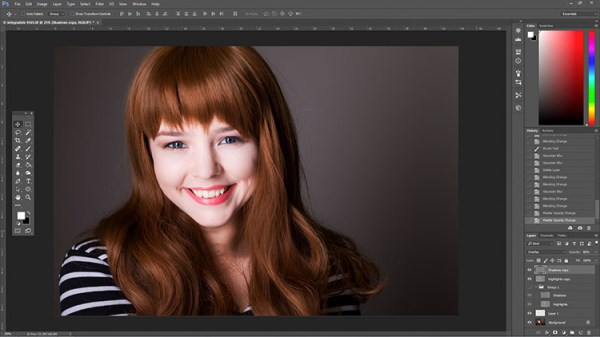 How to Enhance Portraits Using Gray Layers to Dodge and Burn in Photoshop