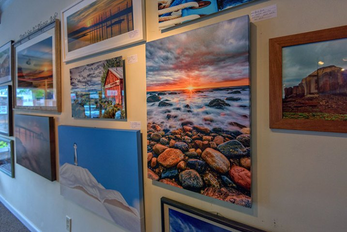 How To Prepare Your Images For Print And Display Mesmerizing Art Print Display Stand