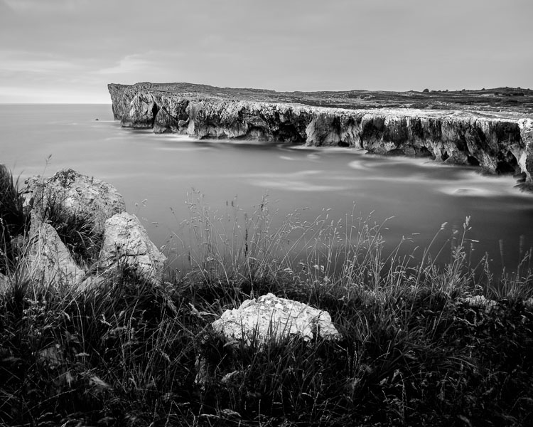 Black white landscape in lightroom