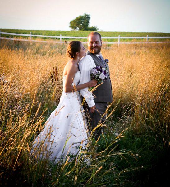 bride-groom-sunset-romantic-wedding-location