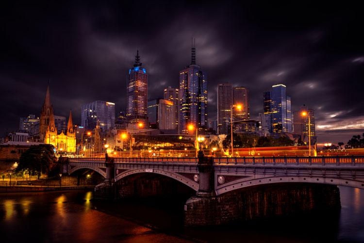 leannecole-benro-tripod-cityscape