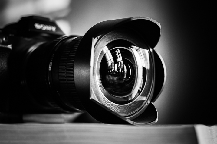 Lens education - camera and lens