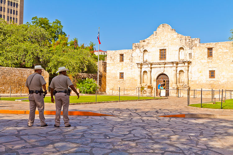 The Alamo, Mission San Antonio de Valero_Kav Dadfar