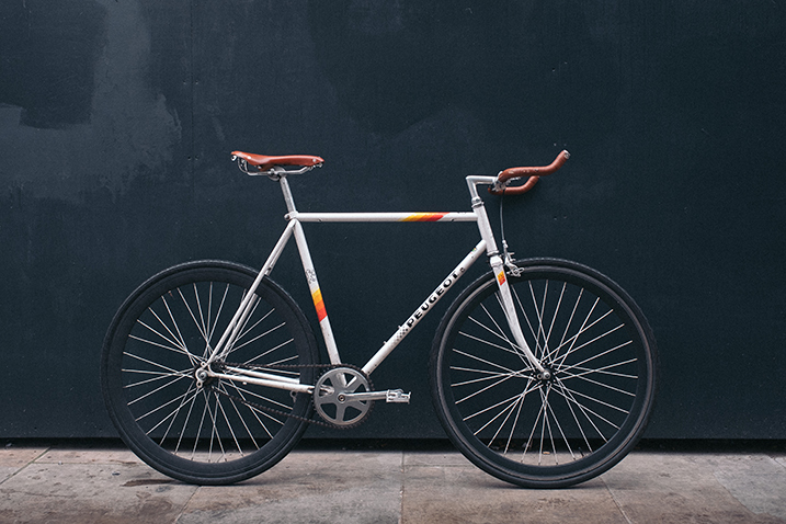 fixie bike portrait cycling photography - 6 Photography Tips for Cyclists