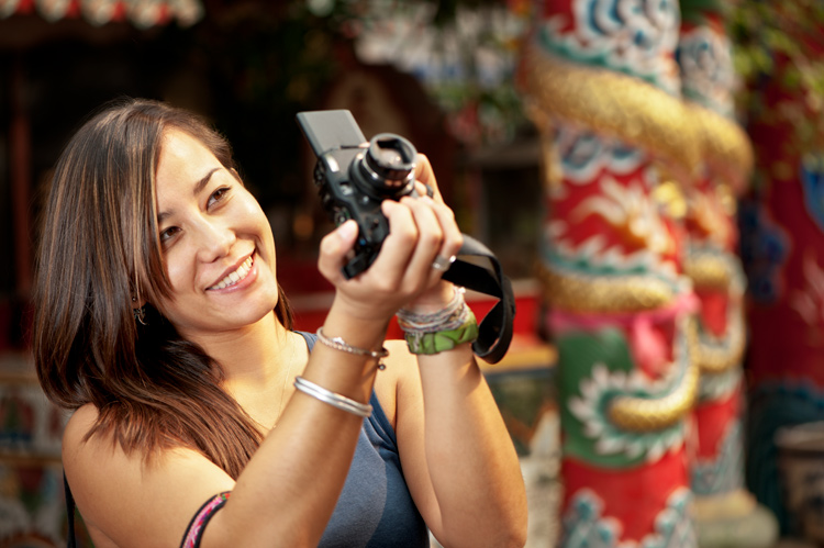 Compact happy - 7 Questions That Will Help You Decide Which Camera To Buy