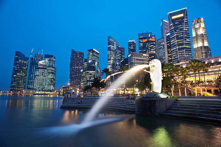 Singapore skyline in the evening - 5 Key Elements that Directly Impact the Quality of Your Photography