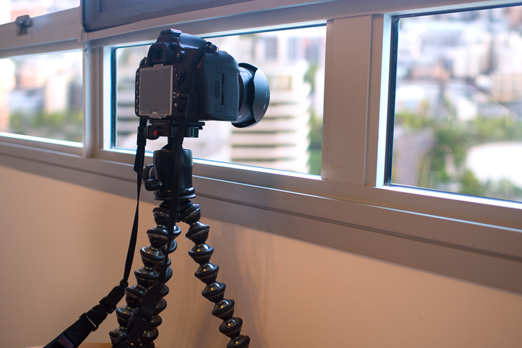 Gorillapod - Tips for Shooting Through a Glass Window of an Observation Deck at Blue Hour