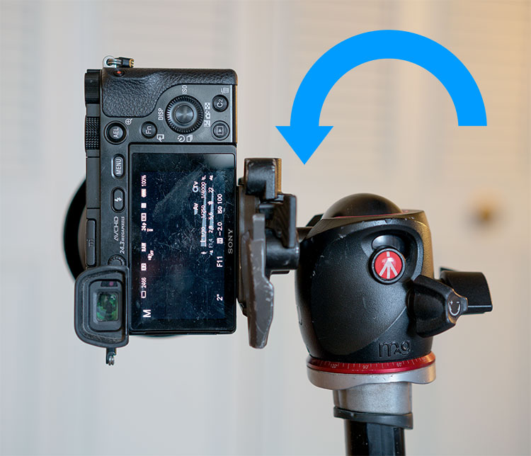 https://i1.wp.com/digital-photography-school.com/wp-content/uploads/2018/02/vertical-tripod-position.jpg?resize=750%2C644&ssl=1