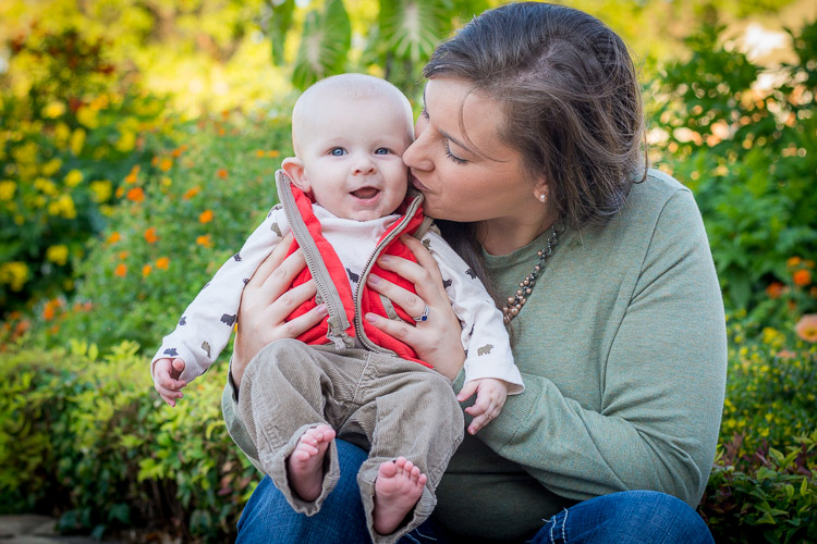 mom and baby photo - Tips for Client Photo Sessions - What it's NOT All About