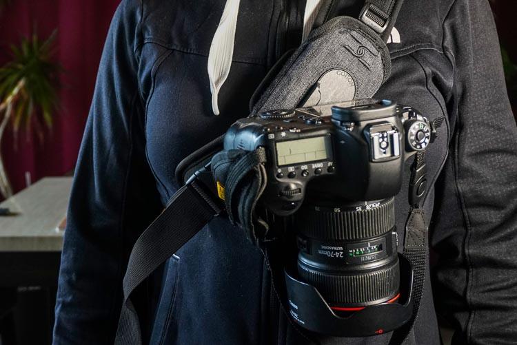 https://i1.wp.com/digital-photography-school.com/wp-content/uploads/2018/03/Pratt_Cotton-Carrier-G3-Strapshot_08.jpg?resize=750%2C501&ssl=1