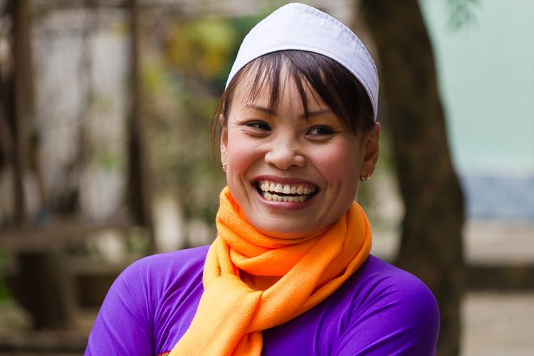 一位女士微笑的肖像 -  7个快速提示,以帮助您捕捉更好的肖像