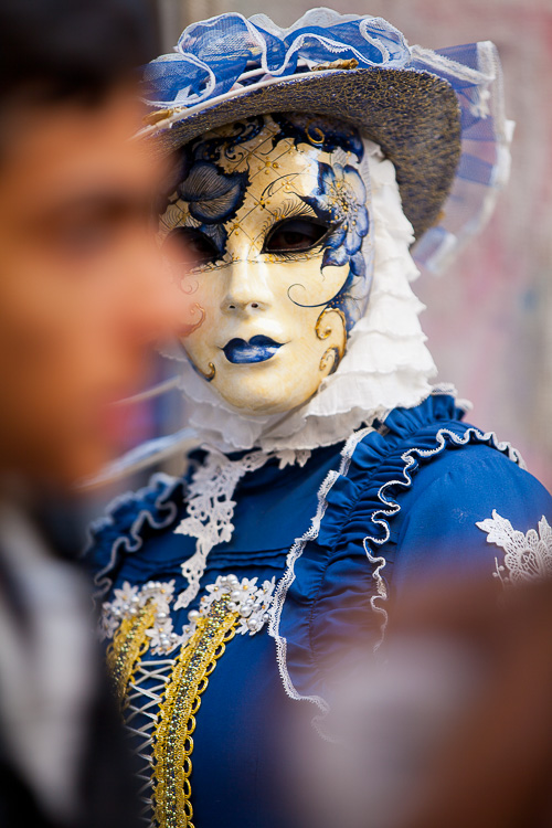 7 Quick Tips To Help You Capture better Portraits - portrait of person in costume in Venice