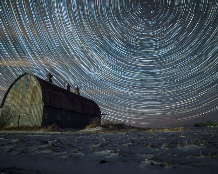Star Trails old barn, Minnesota, Tutorial, Starlapse - 7 Tips for Shooting and Processing Star Trails