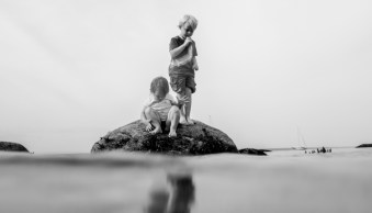 How to Photograph Your Family Vacation