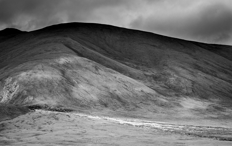 black and white landscape scene - Tips for Shooting Landscapes With a Telephoto Lens