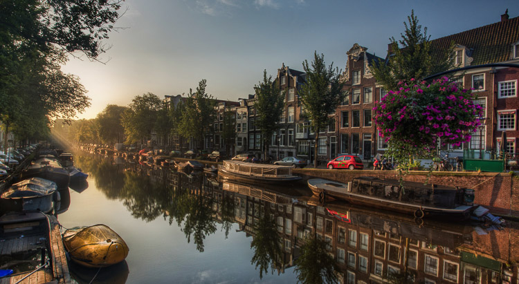 What Makes Great Photos? 5 Factors That Can Take Your Images From Good to Great - canals in Amsterdam